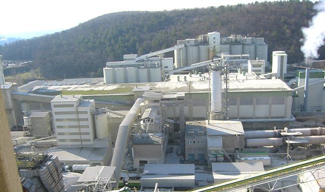 Cementárna v Mokré u Brna od Luwex