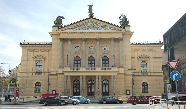 Státní opera Praha - reference Luwex