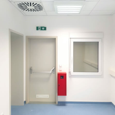 Interiér vakcinačního kontajneru od Luwex